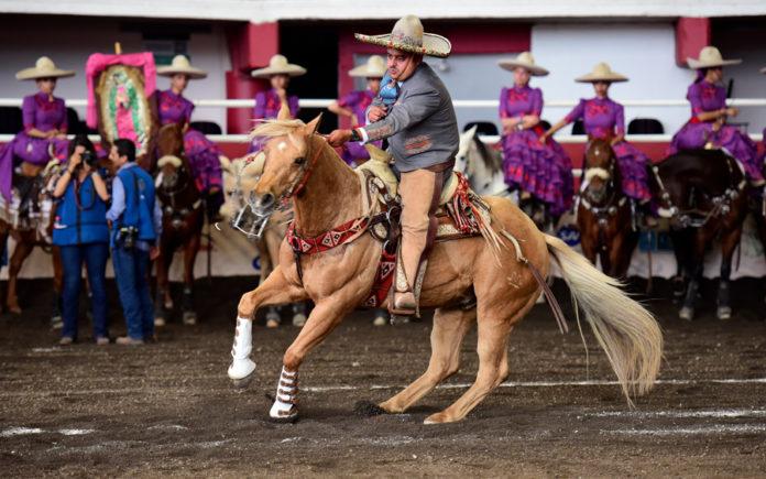 Francisco Ortiz abrió la cuenta de Rancho Las Cuevas con su cala de caballo de 35 puntos