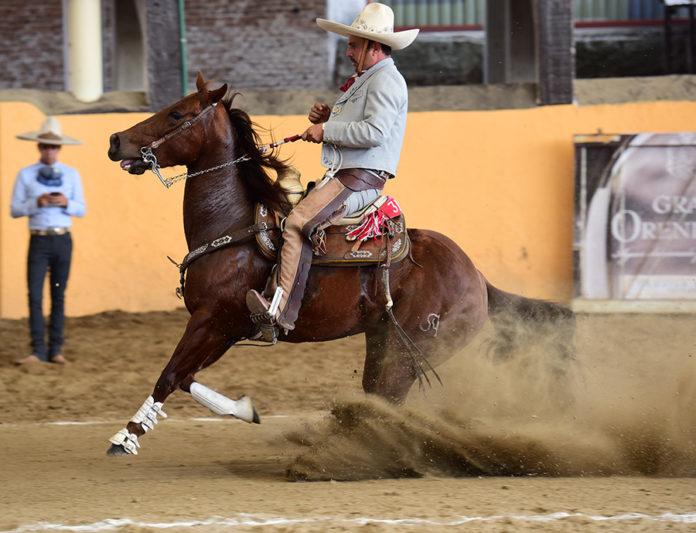 Juan Villaseñor de Tres Regalos ejecutó una de las dos calas de 45 puntos que se vivieron en la competencia matutina