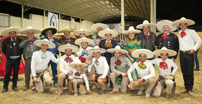 Premiación a Charros de Jalisco, tercer lugar del Aniversario