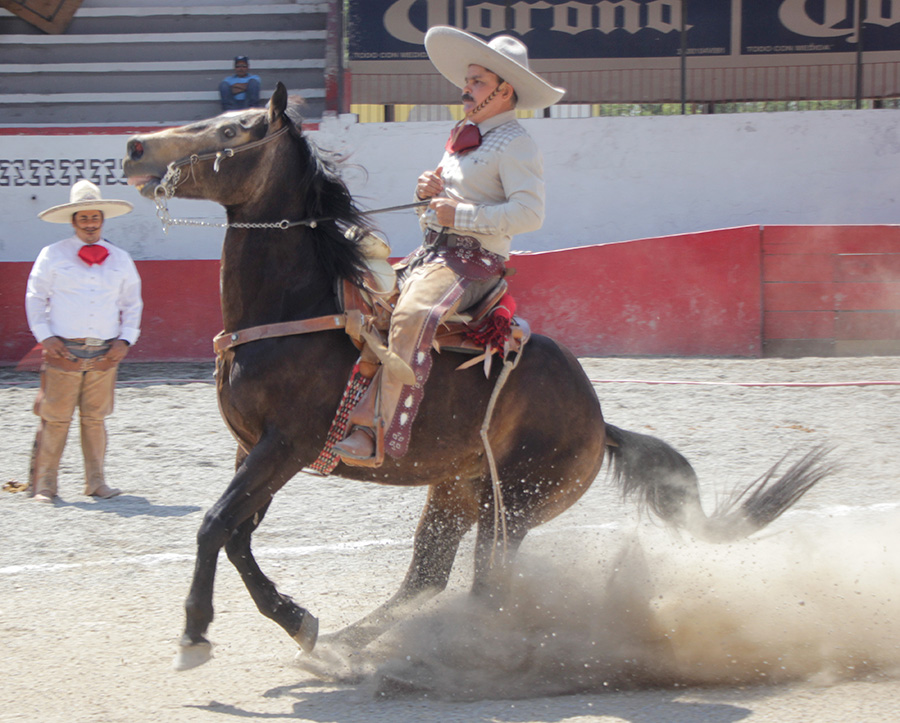 Silvano Gaxiola ejecutó cala de caballo de 30 unidades para la Selección de Sinaloa