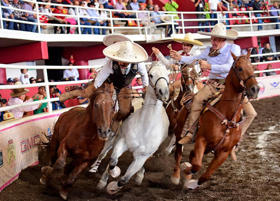 Emocionante el paso de la muerte de Martín García por Rancho Las Cuatas