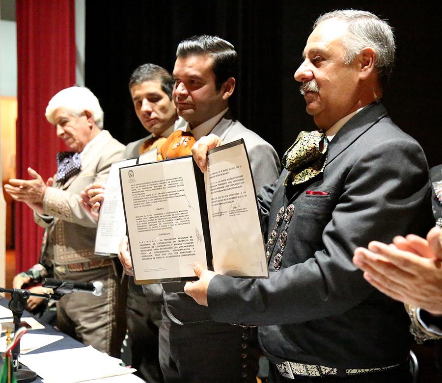 El Gobernador de Nayarit y el presidente de Federación firmaron el convenio de compromiso para el Nacional Charro 2020