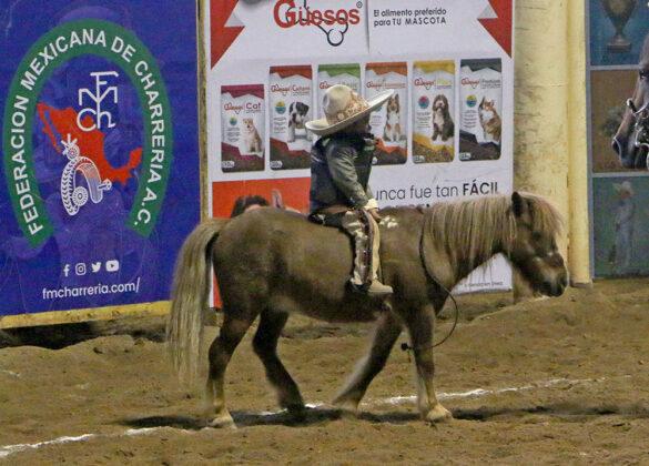 Rancho La Presita ganó 16 puntos por esta tierna monta de yegua de Jorge Zabdi Rosas Salinas