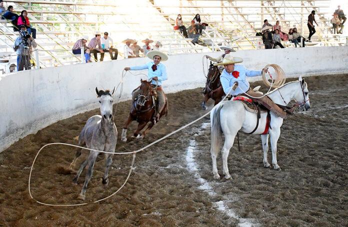 Juan Manuel Palomino Ramos consiguió sus tres manganas a caballo para el equipo Pedro Moreno de Jalisco