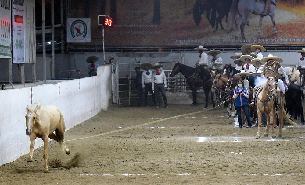 José Carmen Sánchez Jiménez cumplió con sendos piales en el lienzo por su equipo, Hacienda La Calera