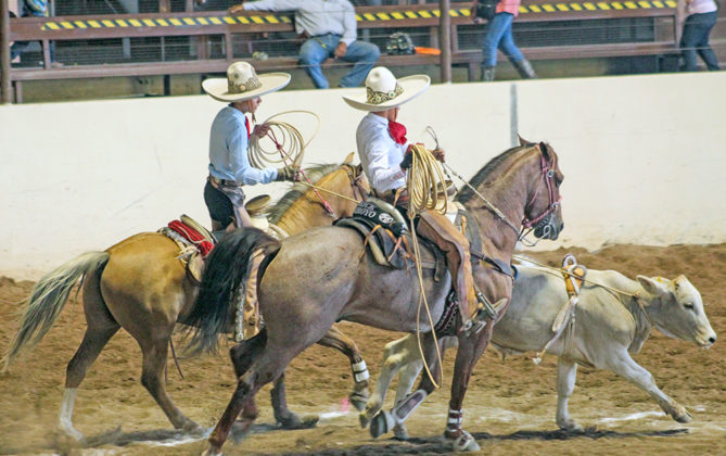 Hacienda Charra de Guanajuato logró la victoria en la competencia vespertina del viernes con 189 unidades