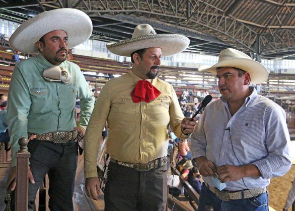 Adán Valdivia López, alcalde de Calvillo, Aguascalientes, asistió a las instalaciones de Rancho El Pitayo para atestiguar la participación de los charros hidrocálidos