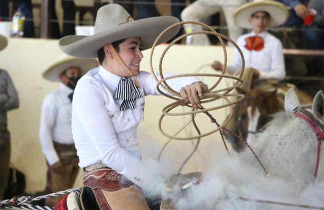 José Arturo Ibarra Ramírez cuajó dos buenos piales en el lienzo y abrió el camino para coronarse campeón