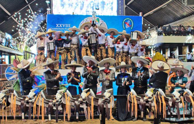 """Premiación a los tres primeros lugares equipos categoría Infantil """"A"""""""