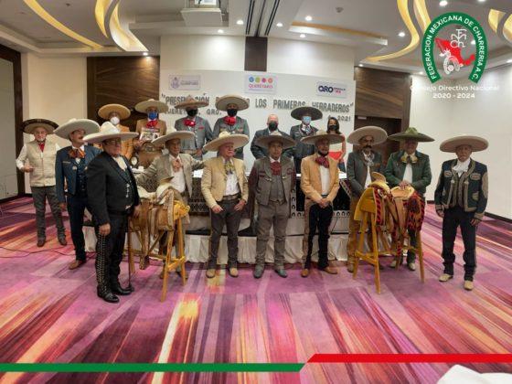 La presentación del libro contó con nutrida asistencia de compañeros charros del estado de Querétaro