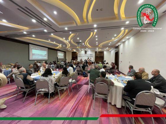 """La presentación del libro """"Los Primeros Herraderos"""" por parte de la Secretaría de Turismo ante los medios de comunicación del estado de Querétaro"""