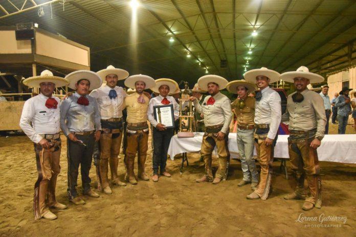 Premiación a los campeones Hacienda del Valle