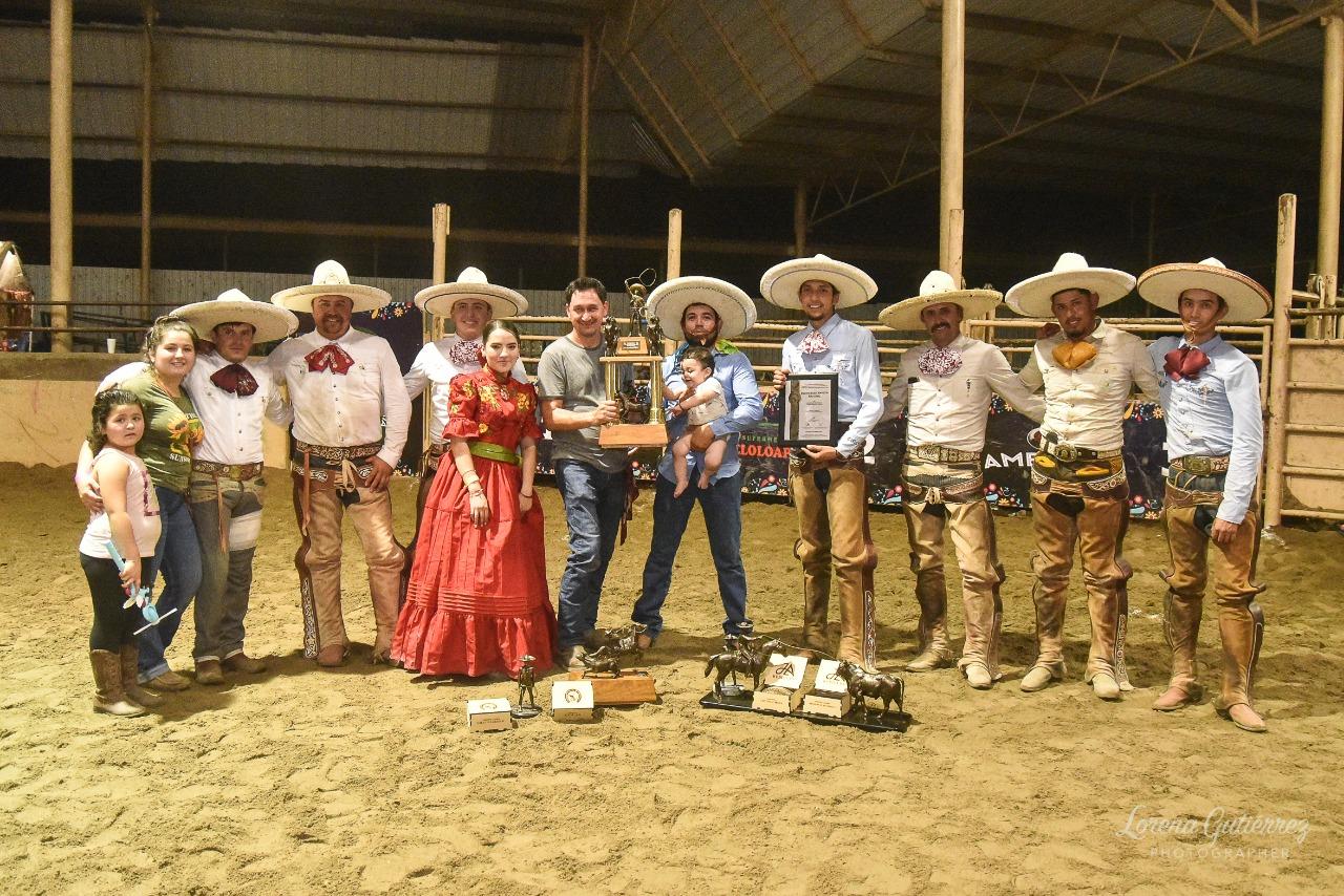 Premiación del subcampeón nacional, El Centenario