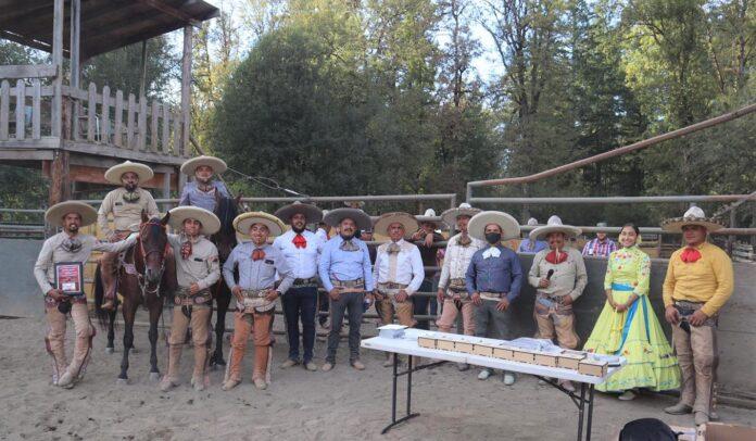 La asociación de charros Dos Compadres, lograron el campeonato estatal de Oregon EUA 2020.