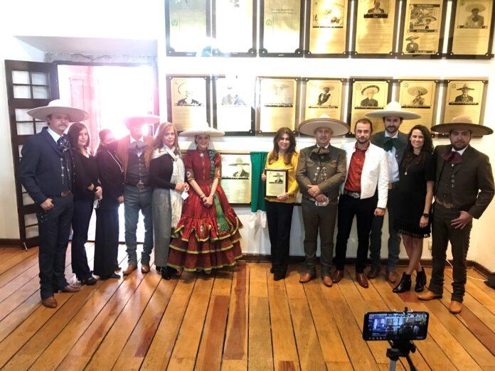Familiares de don Alfonso Rodríguez Martín del Campo, que presenciaron la ceremonia realizada en el Palacio de la Charrería