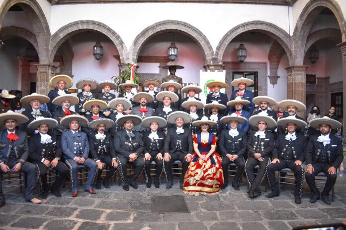 Integrantes del nuevo Consejo Directivo Nacional de la Federación Mexicana de Charrería para el periodo 2020-2024