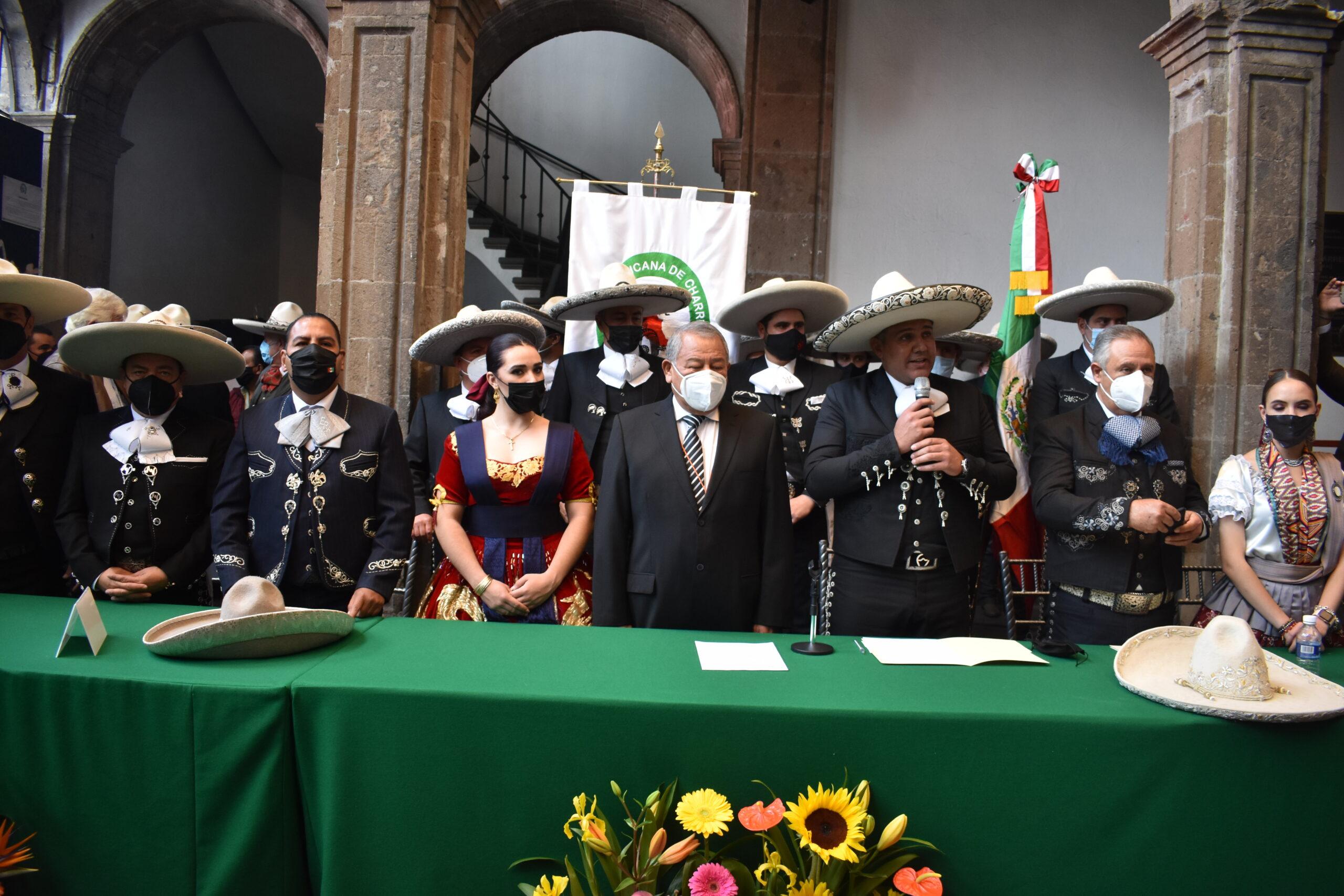 El presidente de la Federación, ingeniero José Antonio Salcedo López, dirigió un emotivo mensaje a los presentes tras la toma de protesta de su Consejo Directivo Nacional