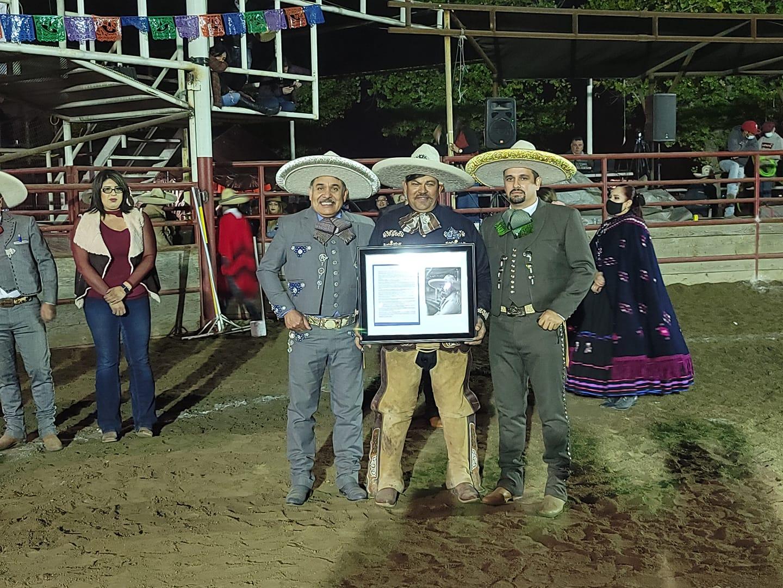 El XXIV Campeonato Nacional Charro de los EUA fue en honor de don Ramón Alberto Jiménez González, quien recibió reconocimientos por parte de la charrería estadounidense y de la FMCH